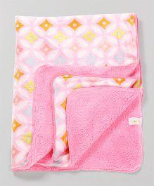 Babyhug Baby Blanket Geometric Print - Pink