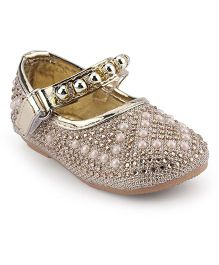 Cute Walk Belly Shoes Pearl Detailing - Golden