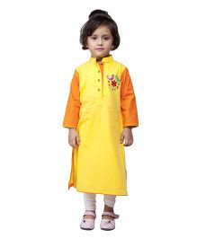StyleStone Bird Embroidered Kurta With Leggings - Yellow