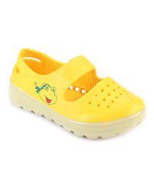 Cute Walk by Babyhug Clogs Frog Face Design - Yellow