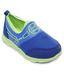 Cute Walk by Babyhug Casual Shoes Slip On Style - Blue And Green