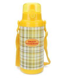 Water Bottle Checks Print - Yellow