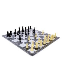 Ratnas Business And Chess Board Game - Multicolor
