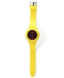 Analogue Wrist Watch Round Shape Dial - Yellow and Maroon