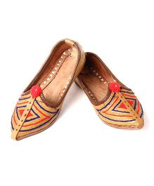 Azura Handcrafted Thread Work Jodhpuri Mojari - Light Brown