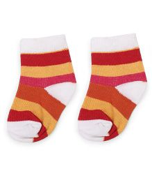 Cute Walk by Babyhug Ankle Length Striped Socks - Red & White