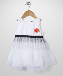 Petit CuCu Dress With Flower Applique - White