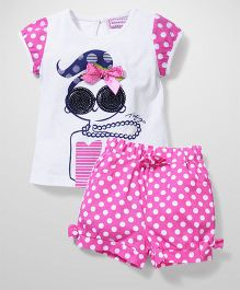 Sleeping Baby Girl Print T-Shirt & Shorts - Pink