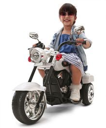 Babyhug Ultimate Cruiser Rechargeable Battery Operated Rideon - Silver And Black