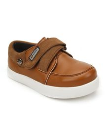 DingDingWa Stylish Baby Shoes With Belt - Brown