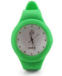 Analog Wrist Watch Round Shape Dial - Green