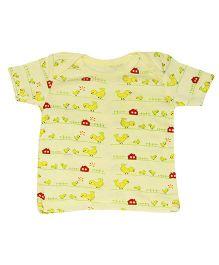Kiwi Half Sleeves T-Shirt Chicken Print - Yellow