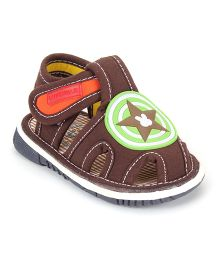 Cute Walk by Babyhug Sandals Star Patch - Brown