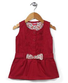 Miss Pretty Sleeveless Top With Bow - Maroon