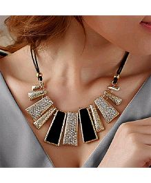 Dells World Studded Necklace - Black