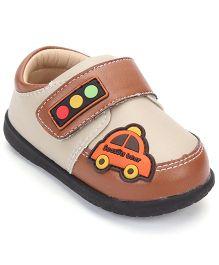 Season Bear Trendy Shoes With Car Print - Brown