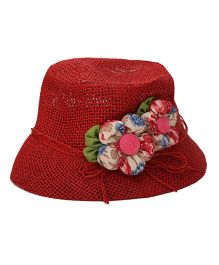 De Berry Bucket Hat With Flower Applique - Red & Cream