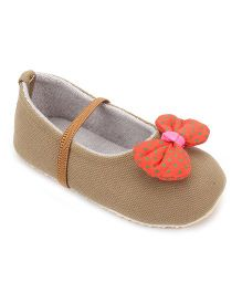 Nena Attractive Pair Of Shoes - Beige
