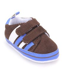 Cute Walk by Babyhug Booties - Brown Blue