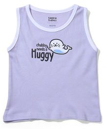 Tantra Sleeveless T-Shirt Needs A Huggy Print - Lavender