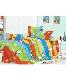 Peanuts Cotton Double Bedsheet And Pillow Cover - Multicolour