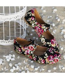 D'chica Floral Print Tie Up Sneakers For Women - Black