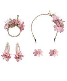 Cutecumber Set of Accessories Floral Embellishment - Peach