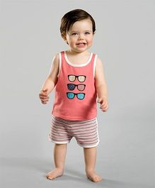 dave & bella Sleeveless Vest With Shorts - Coral