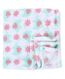 Lovespun Elephant Print Fleece Blanket - White & Green