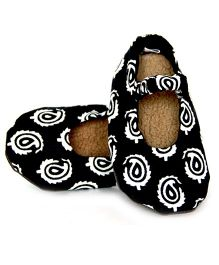 Skips Slip-On Jootie Booties - Black White