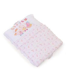 Little Wacoal Little Friend Print Baby Bed Set - White & Pink