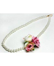 Asthetika Flower Necklace - Pink