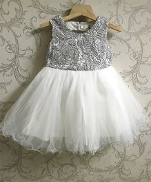 Piperz Sleeveless Party Wear Dress Floral Design - Silver And White