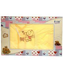 Kiwi Baby Gift Set Baby Print Yellow - 5 Pieces