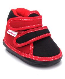 Morisons Baby Dreams Musical Booties - Red Black