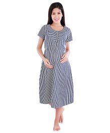 Morph Stripes Pattern Feeding Night Gown - Black & White