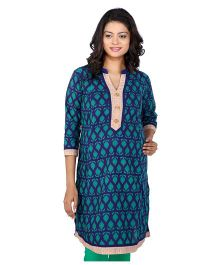 MomToBe Three Fourth Sleeves Maternity Kurti Abstract Print - Blue and Green
