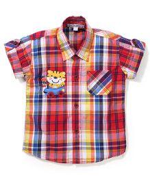 Jash Kids Half Sleeves Checks Shirt Tiger Patch - Red & Multicolor