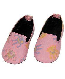 SnugOns Printed Baby Shoes - Pink Blue & Green