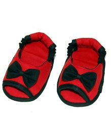 SnugOns Baby Booties With Bow Applique - Red