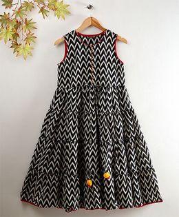 Twisha Chevron Print Tiered Sun Dress - Black