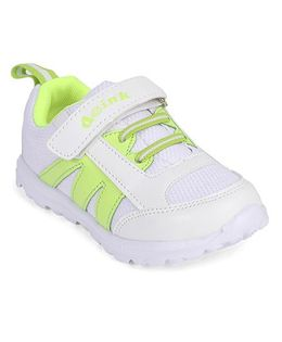 Doink Sneakers Sports Shoes With Velcro Closure - White & Green
