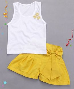 Bubblegum Trendy Top With Raw Silk Shorts - Yellow & White