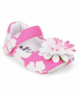 Ivee Anti Skid Soft Sole Floral Design Shoes - Pink