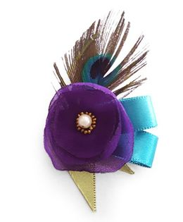 Soulfulsaai Peacock Feather Flower Clip - Multicolor