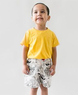 Tiber Taber Organic Cotton Color And Wear Doodle Shorts With Fabric Markers - White