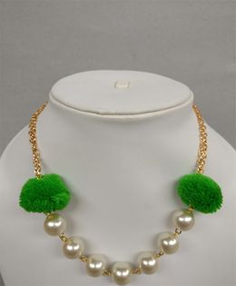 Tiny Closet Pom-Pom Pearl Necklace - Green