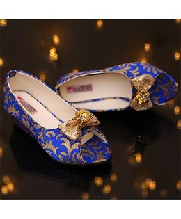 D'chica Royalty Here Peep Toe Shoes - Blue