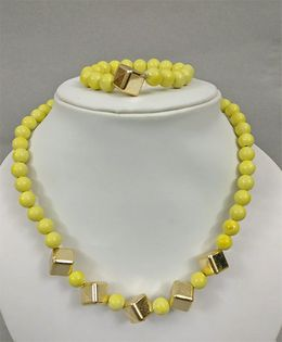 Tiny Closet Cube Design Necklace & Bracelet - Yellow