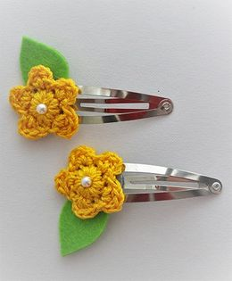 Bobbles & Scallops Flower With Leaf Snap Clip - Yellow